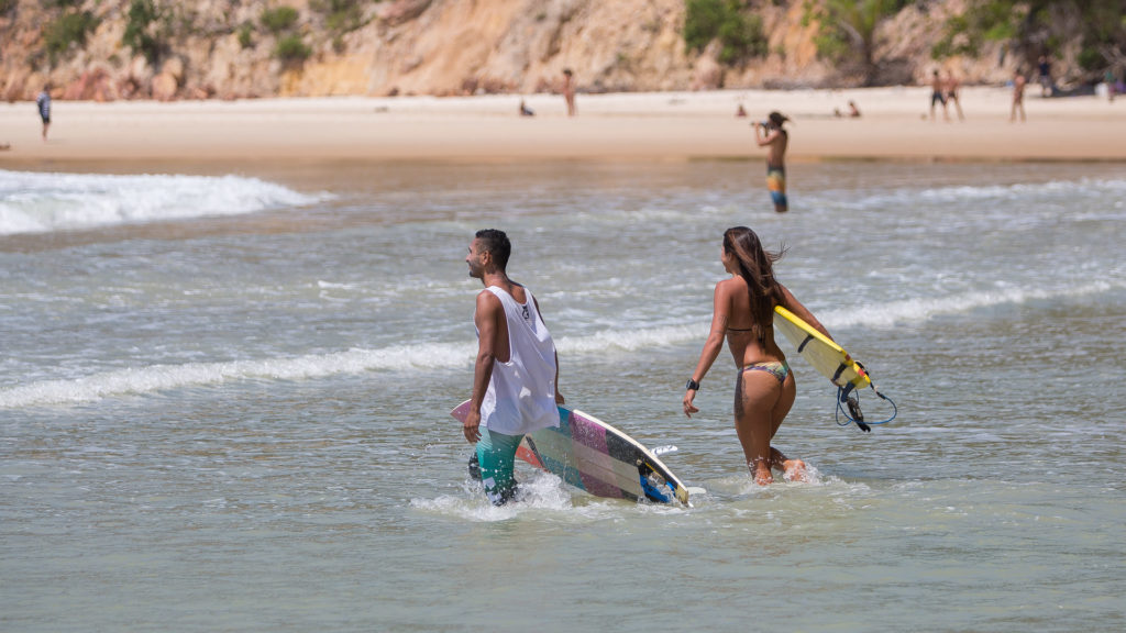 SurfingPipa-7