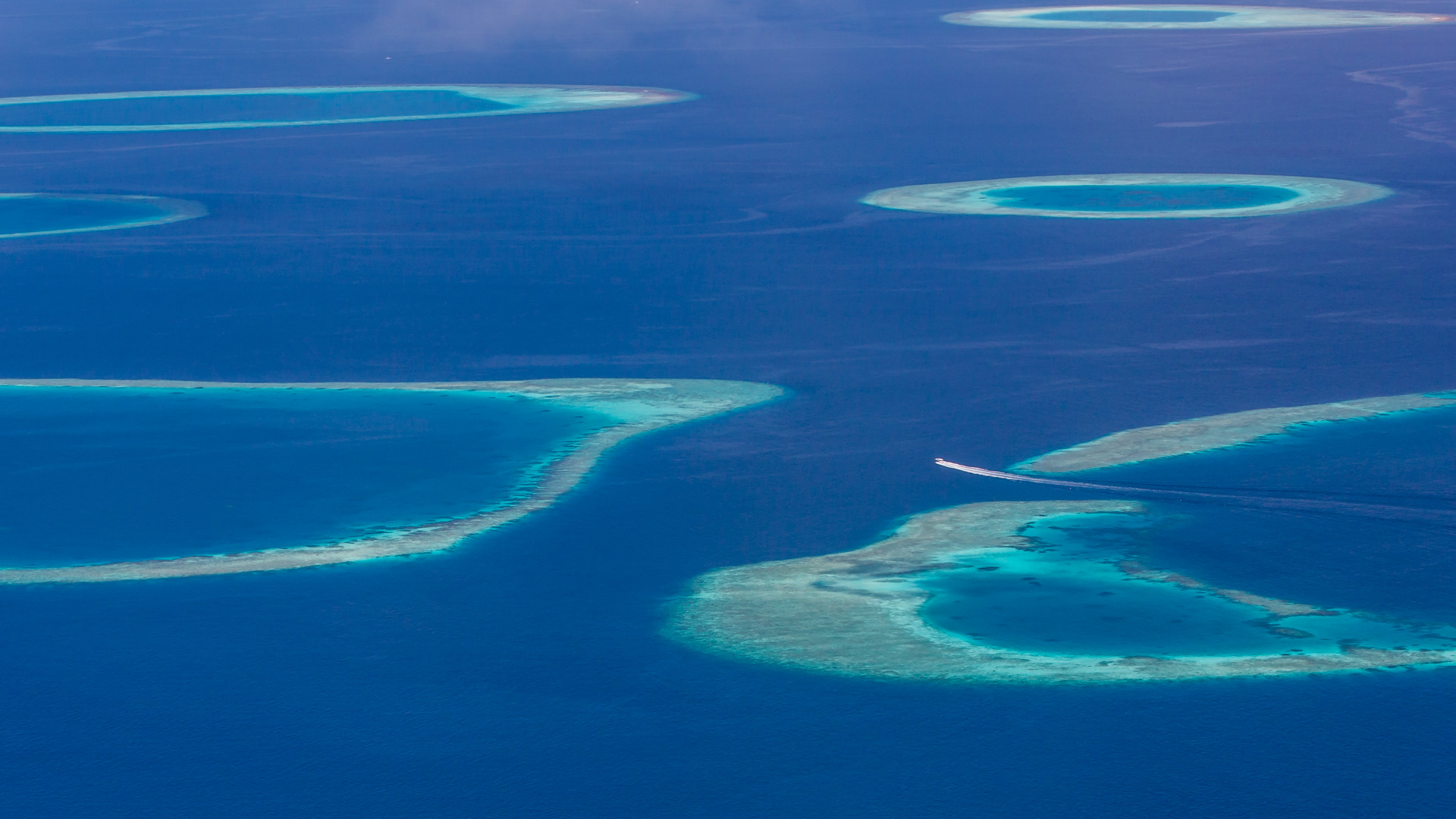 Maldives 1000 + Islands