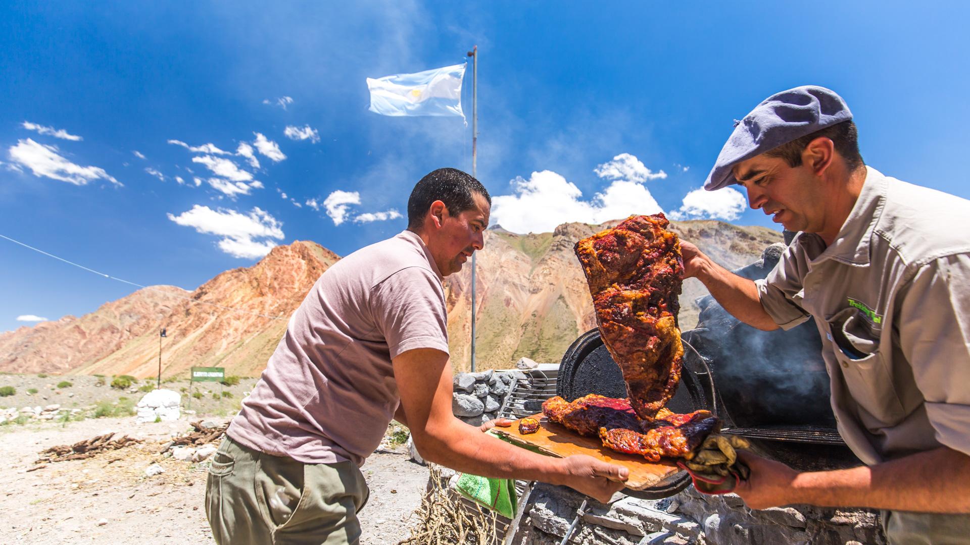 Pyszne asado przygotowane przez naszych gauchos! Real de la Cruz