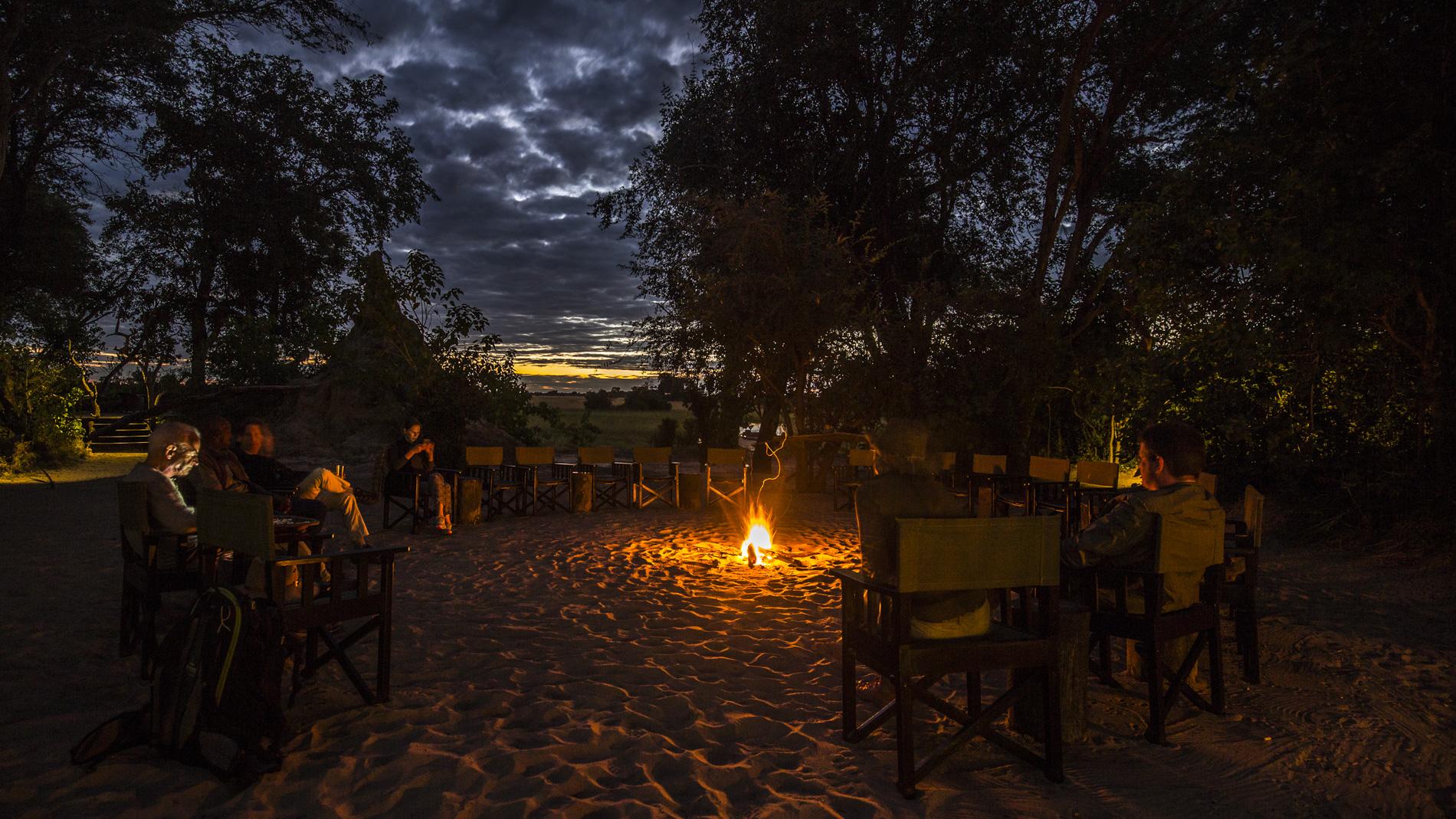 Sundowner at African Horseback Safaris