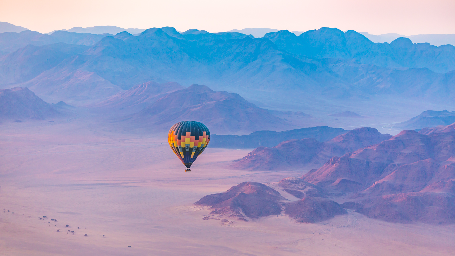 Balon nad pustynią Namib