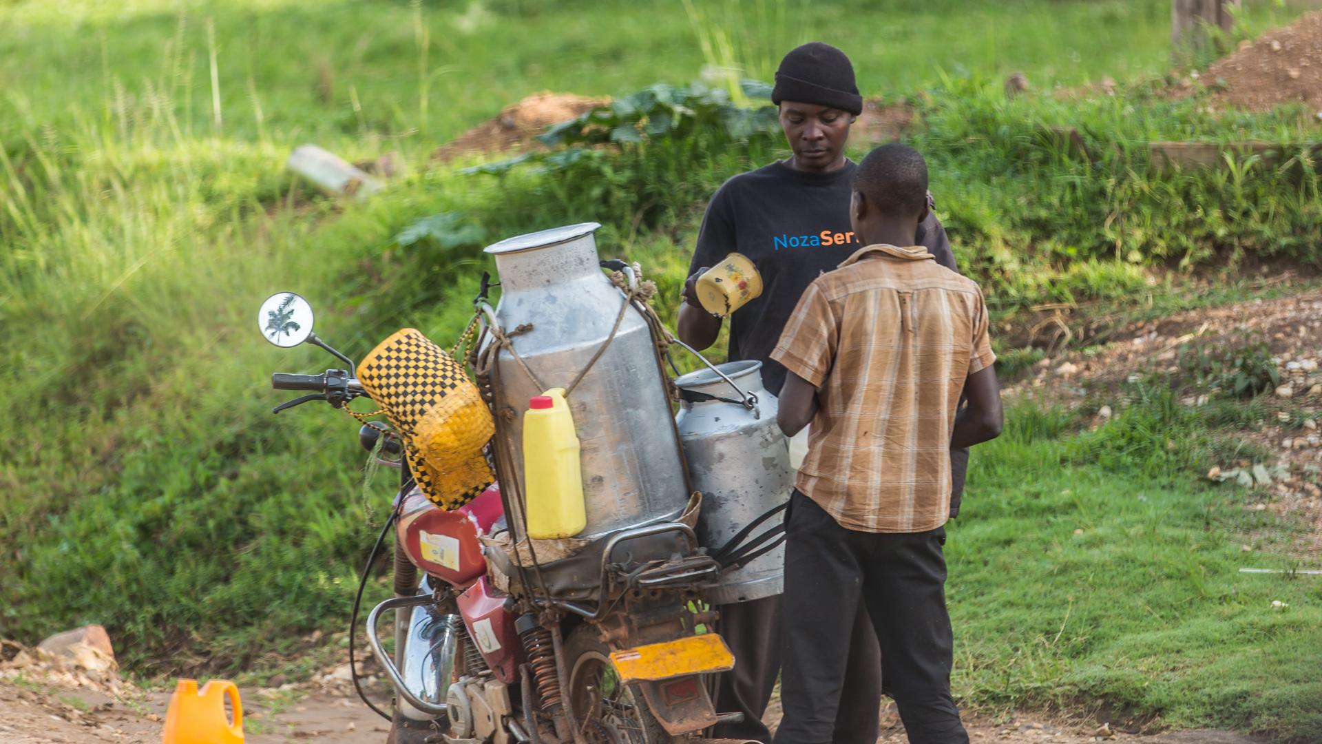 Uganda's people everyday life ...